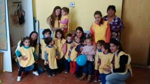 Algunos de los niños y las seños del C.D.I.